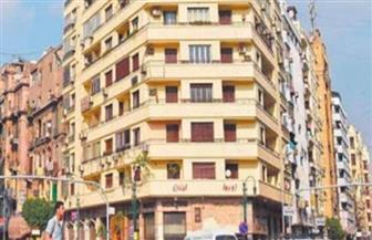 """ضابط بقسم المنتزه بالإسكندرية يسدد إيجار شقة لـ""""مسن"""""""