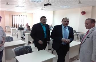 رئيس جامعة بني سويف يتفقد عددا من الكليات بالمجمع الثاني للجامعة | صور