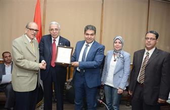 """مجلس """"طب طنطا"""" يكرم الدكتور عمرو زعير"""