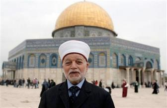 تعرف على رسالة مفتي القدس للعالم الإسلامي بعد اقتحام الاحتلال والمستوطنين ساحات الأقصى   فيديو