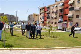 محافظ بورسعيد يتفقد تطوير المنطقة الثالثة في حي المناخ وعددا من المنشآت الخدمية