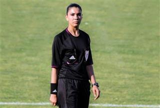 تعرف على أول محكمة عربية لمباراة كرة قدم بدوري الدرجة الأولى | فيديو