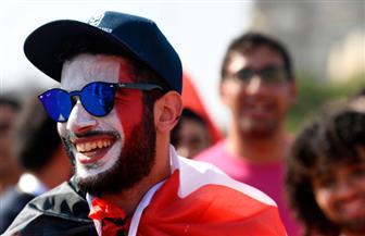 هنا إستاد القاهرة.. أعلام مصر فى الأيادي وعلى الوجوه  صور