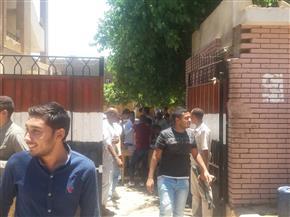 إصابة 8 طلاب بحالات إغماء ومغص معوي وكلوي في قنا أثناء امتحاني التاريخ والفيزياء | صور