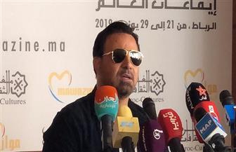 عاصي الحلاني: للسياسة دور في نجاح الفنانين وأرفض اتهام الفنانين بالعنصرية