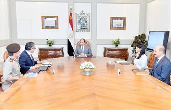 الرئيس السيسي يعقد اجتماعا مع وزيري الآثار والسياحة لبحث الموقف التنفيذي لمشروع المتحف المصري الكبير
