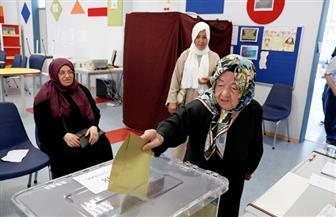 النتائج الأولية لإعادة انتخابات بلدية إسطنبول تشير لتقدم مرشح المعارضة