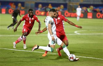 بعد مرور 75 دقيقة.. الجزائر تواصل تفوقها على كينيا بثنائية بونجاح ومحرز
