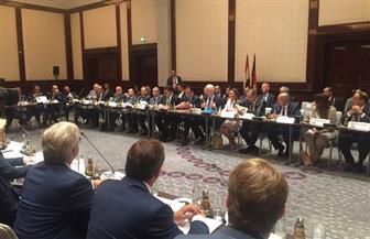 مدبولي يرأس مائدة مستديرة لكبار رجال الأعمال من الجانبين المصري والألماني ببرلين