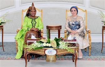 قرينة الرئيس السيسي: أسعدني اهتمام سيدة بوروندي الأولى بالتعرف على التجربة المصرية في مجال دعم وتمكين المرأة