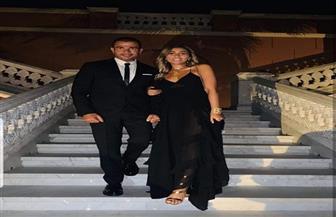 الأسود يليق بهما.. عمرو دياب ينشر صورة له مع دينا الشربيني لأول مرة من ماربيلا