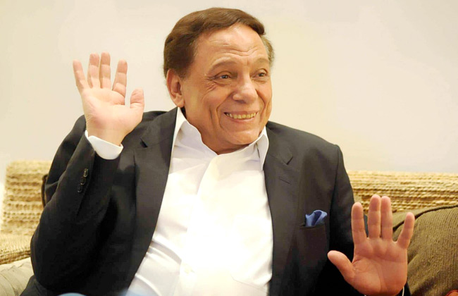 هكذا نحتفل بعيد ميلاد الزعيم.. عادل إمام مفاجأة رمضان 2020 على قنوات الحياة و cbc و ON و dmc ومنصة watch it -