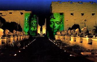 عروض فنية وفلكلورية وسط معابد الأقصر الفرعونية وهدايا للزائرين