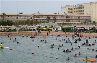 إقبال من المواطنين على شواطئ الغردقة ثاني أيام عيد الفطر| صور