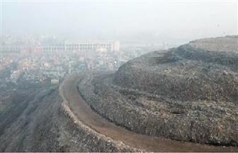 يرتفع نحو 10 أمتار سنويا.. شاهد أعلى جبل نفايات في العاصمة الهندية| فيديو