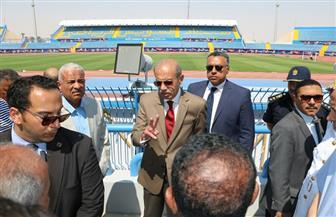 شريف إسماعيل يتفقد ستاد السويس الرياضي | صور