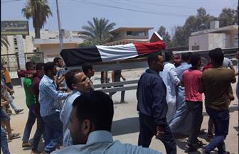 """المئات يشيعون جثمان """"العباسي"""" أول من رفع علم مصر على أرض سيناء فى حرب 1973   صور"""