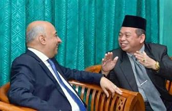 السفير المصري في إندونيسيا يلتقى أساتذة وطلاب معهد روضة العلوم الإسلامي