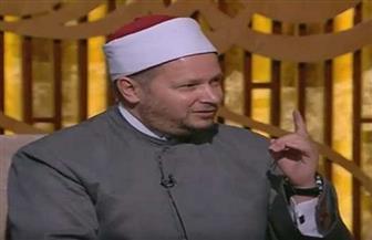 الشحات العزازي: نور النبي أشد من القمر وممتد لا انقطاع فيه | فيديو