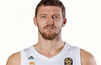"""تعرض نجم السلة الصربي """"كوزميتش"""" لإصابات خطيرة إثر حادث سيارة"""