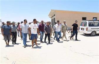 محافظ مطروح: الانتهاء من تطوير شاطئ الغرام قبل نهاية يوليو الحالي