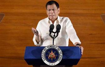 رئيس الفلبين يكلف نائبته بقيادة الحرب ضد المخدرات