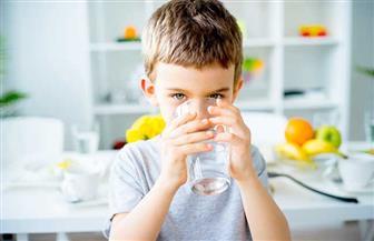 كيف تقي طفلك من مشكلات ارتفاع درجة حرارة الطقس