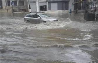 الأمطار الغزيرة تودي بحياة 27 في الهند وتصيب مومباي بالشلل