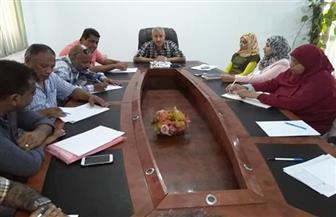 رئيس مدينة القصير يعقد اجتماعا لمناقشة حصر الأصول المؤجرة وبحث متأخرات الإيرادات