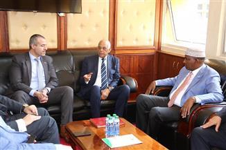 عبدالعال لزعيم الأغلبية بالبرلمان الكيني: الرئيس السيسي حرص على تأكيد انتماء مصر الإفريقي   صور