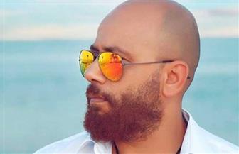 الفنان حسن بلبل ينشر فيديو يسخر فيه من مذيعي قنوات الجماعة الإرهابية
