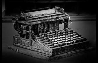 """في ذكرى اختراعها.. """"الآلة الكاتبة"""" اختراع أنهى معاناة البشرية مع نسخ المخاطبات"""