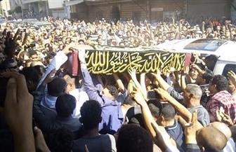 وصول جثمان فاروق الفيشاوي لدفنه بمقابر الأسرة في مدينة سرس الليان بالمنوفية |صور