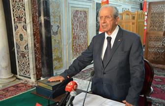 رئيس البرلمان التونسي يؤدي اليمين الدستورية لتولي منصب الرئيس | صور