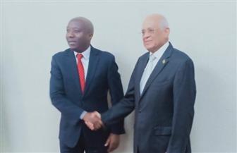 رئيس مجلس النواب يلتقي رئيس الوزراء الرواندي