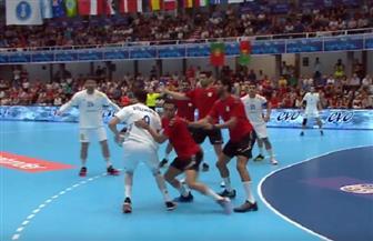 فرنسا تتقدم على مصر خلال الشوط الأول من نصف نهائي بطولة العالم للشباب