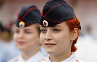 ورود وابتسامات في طوابير عرض الشرطيات الروسيات   صور