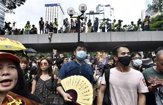 المئات يخرجون إلى شوارع هونج كونج قبيل احتجاجات عطلة نهاية الأسبوع