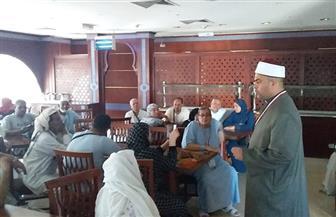 22 واعظا من الأوقاف يعقدون محاضرات لتوعية الحجيج بالمناسك | صور