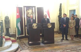 رئيس الوزراء الأردني: اتفقنا على تبادل المسجونين ومنطقة لوجستية قريبا | صور