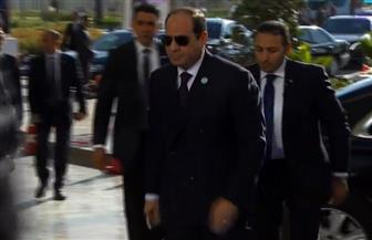 وصول الرئيس السيسي إلى مقر انعقاد المؤتمر الوطني للشباب بالعاصمة الإدارية | فيديو