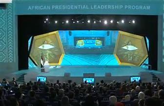 الرئيس السيسي يصل مقر المؤتمر الوطني السابع للشباب في العاصمة الإدارية الجديدة