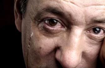 البكاء يزيد مستوى الثبات الانفعالي وكبحه يرفع الضغط  | فيديو