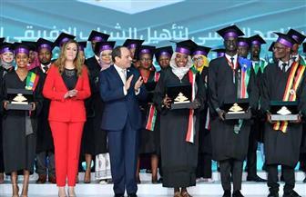 أحد شباب إفريقيا في المؤتمر: مصر الحبيبة بنور علمها ستظل في قلوبنا