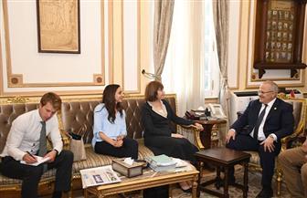 رئيس جامعة القاهرة يلتقي مديرة المجلس الثقافي البريطاني بمصر لبحث أوجه التعاون المشترك