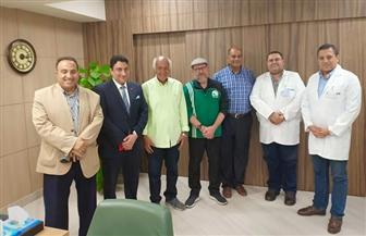 رئيس اللجنة الطبية بالفيفا يزور مستشفيات علاج اللاعبين بالإسكندرية