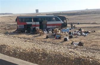 سكرتير عام محافظة قنا يطمئن على المصابين بحادث انقلاب أتوبيس بالطريق الصحراوي| صور