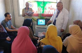 قافلة طبية تقدم علاجا وكشفا مجانيا لـ1628 مريضا في كفر صقر بالشرقية | صور