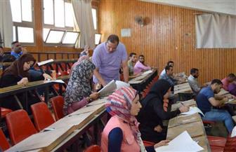 رئيس جامعة سوهاج يتفقد امتحانات الفصل الدراسي الثاني للتعليم المفتوح والمدمج   صور