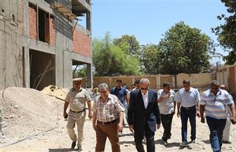 محافظ قنا يتفقد 3 مشروعات خدمية بمدينة نجع حمادي | صور